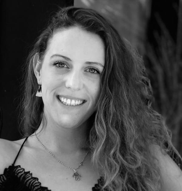 Gabriela Cabral García, Arquitecta